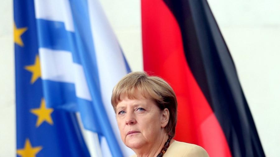 USA üben Druck auf Merkel aus - Wegen geopolitischer Bedeutung als NATO-Land soll Griechenland im Euro bleiben