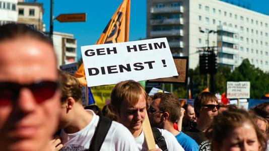 Neues aus Absurdistan - Eine Chronologie der deutschen Staatskrise als Folge des BND-Skandals