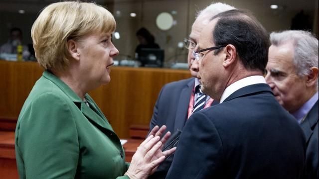 Live: Merkel und Hollande geben gemeinsame Pressekonferenz in Berlin