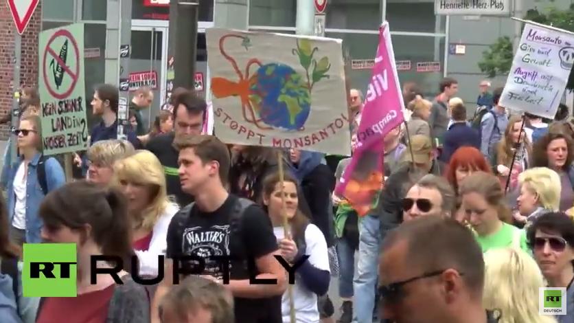 Weltweiter Marsch gegen Monsanto – Tausende protestieren gegen den US-Saatgutkonzern