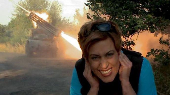 Nach Todesdrohungen und Aufrufen zur Festnahme - RT Korrespondentin Paula Slier muss Ukraine verlassen