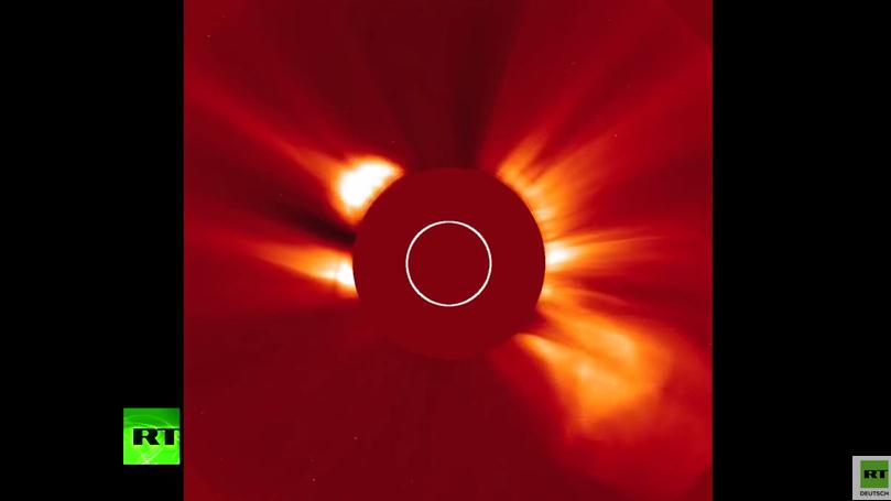 Gigantischer und außergewöhnlicher Plasmaausbruch lässt Astronomen staunen