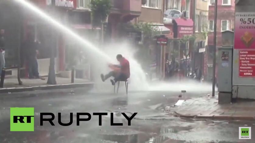 Tag der Arbeit in Istanbul - Tränengas, Gummigeschosse und 140 Verhaftungen