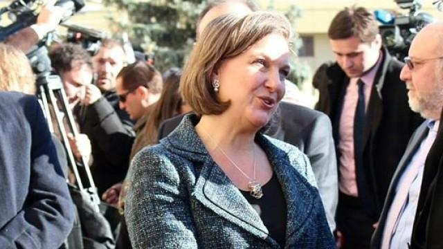 Live: US-Diplomatin Victoria Nuland gibt Pressekonferenz nach Gesprächen in Moskau