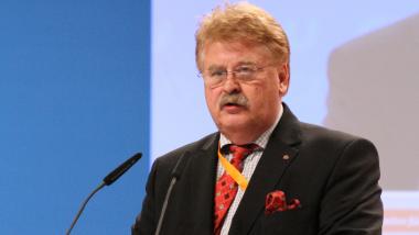 Elmar Brok: Lobbyist und EP-Abgeordneter