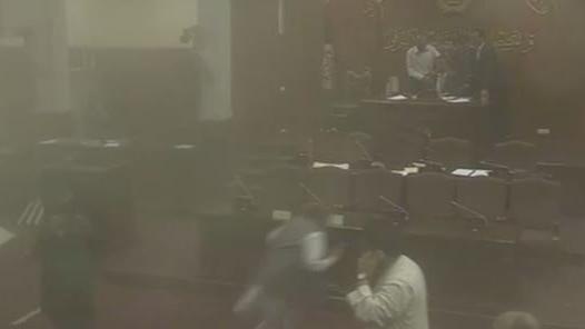 Video vom Moment der Bombenexplosion im afghanischen Parlament