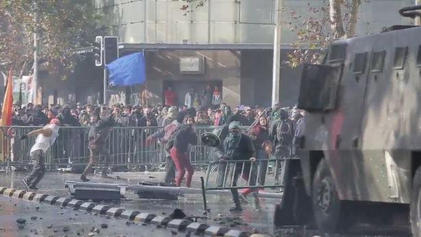 Chile: Schwere Zusammenstößte zwischen Demonstranten und Polizei bei Protesten gegen Bildungsreform