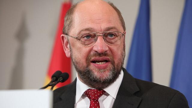 Demokratieverständis à la EU - Martin Schulz unterbindet Debatte und Abstimmung über TTIP im EU-Parlament