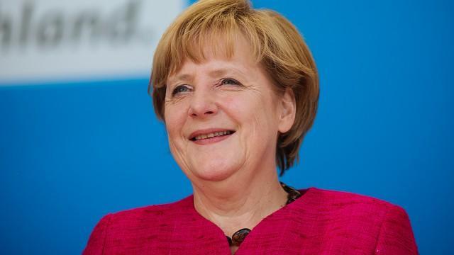 Live: Angela Merkel hält Rede beim Wirtschaftstag 2015