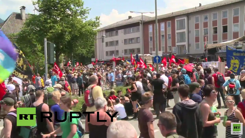 Live: Demonstration in Garmisch-Partenkirchen gegen den G7-Gipfel