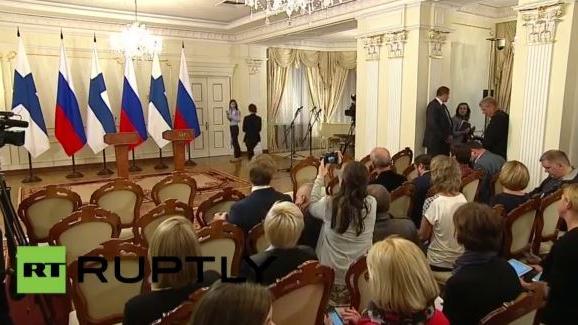 Live: Putin und Finnlands Präsident Niinistö geben Pressekonferenz in Moskau - Englisch