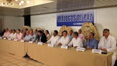 Verhandlungsdelegation der Farc in Havanna - Quelle: venezuelahoy