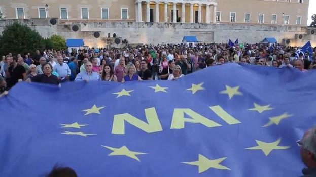 """Live: Athener demonstrieren für """"JA zum Euro"""""""