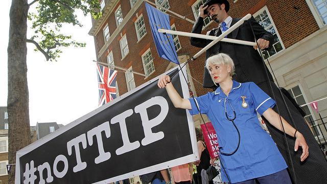 Der Fehlende Part: Lobbyismus und TTIP – Wie Industrievertreter auf europäische Kommissare einwirken