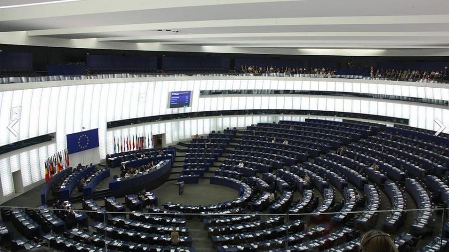 Rechtsradikaler Asow-Kommandeur soll vor dem Europaparlament in Brüssel sprechen