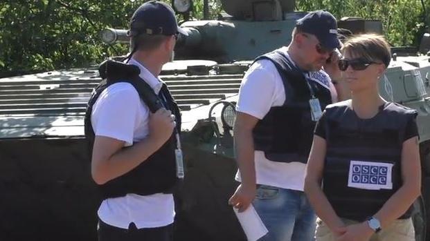 Ukraine: Leiter der OSZE-Patrouille durch Granatbeschuss verletzt - Erneut Protest gegen Berichterstattung der Beobachtermission