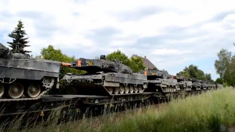 NATO-Panzertransporte in Weiherhammer, Bayern