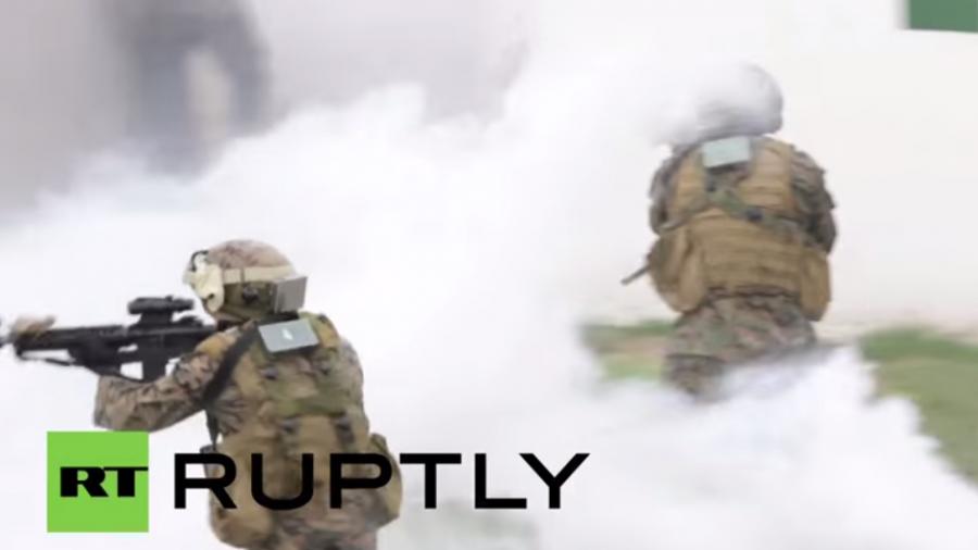"""Ukrainische und US-Soldaten in vollem Einsatz bei NATO-Übung """"Schneller Dreizack"""""""