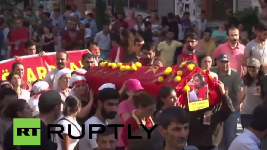 Istanbul: Demonstrantin bei ATO getötet - Hunderte begleiten Beerdigung