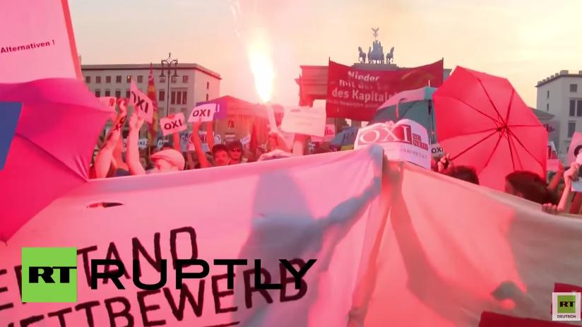 Tausende Deutsche in Solidarität mit Griechenland und Regierung