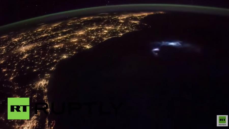 ISS-Aufnahmen zeigen Gewitter auf der Erde aus Sicht des Alls