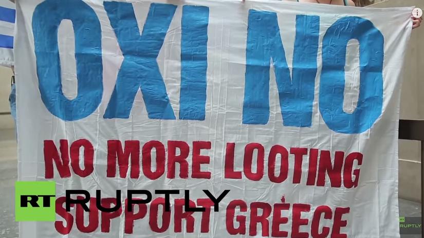 Live: Griechen erwarten Abstimmungsergebnis des griechischen Parlaments über Sparmaßnahmen