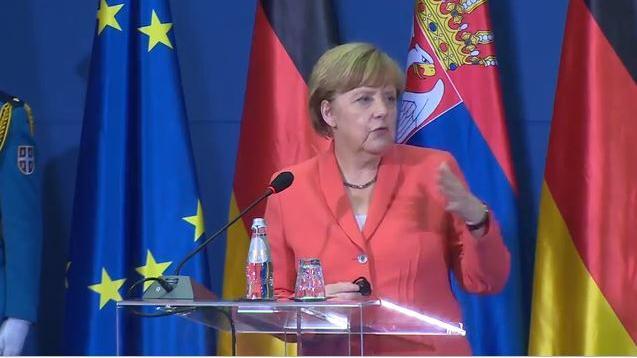 EU: Angst vor Russland lässt Brüssel Serbien und Albanien umgarnen