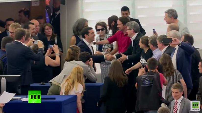 Standing Ovations - Tsipras im EU-Parlament gefeiert wie ein Star