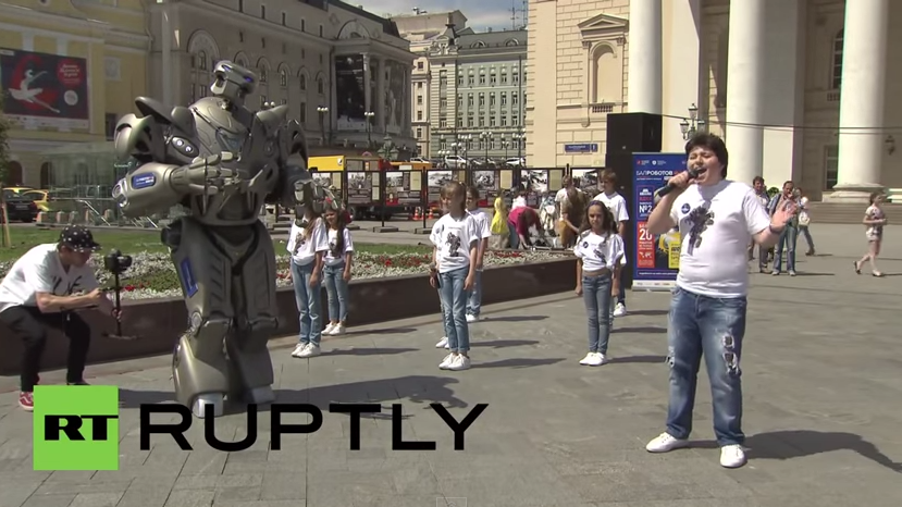 Moskau hat den Superstar - Titan den Roboter