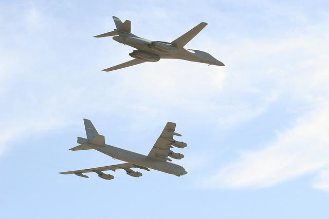 Der B-52 und B-1 Bomber Quelle: TMWolf/CC BY-SA 2.0