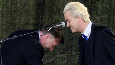 Pegidagründer Lutz Bachmann trifft auf den niederländischen Rechtspopulisten Geert Wilders - Quelle: Ruptly