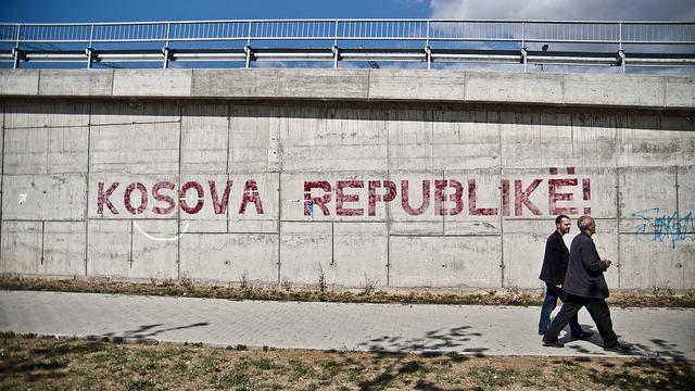 Wie Deutschland bewusst Mafia-Strukturen im Kosovo stärkte und damit maßgebliche Fluchtursachen schaffte