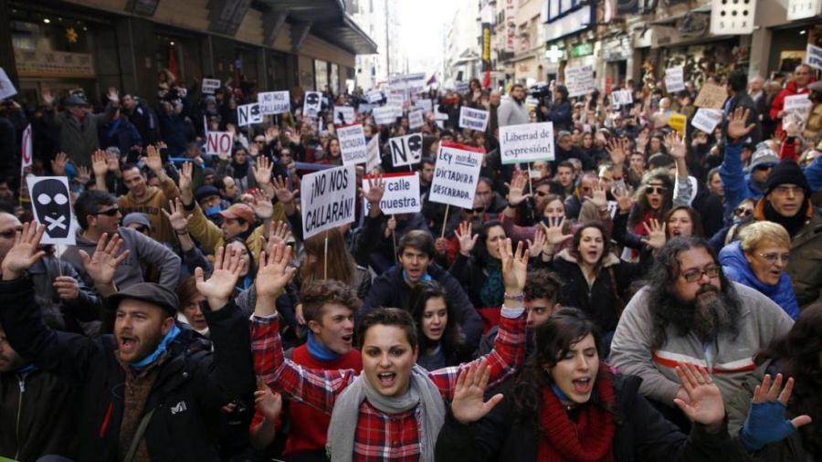 Tausende Spanier demonstrieren gegen das neue Knebelgesetz. Quelle: No Somos Delito