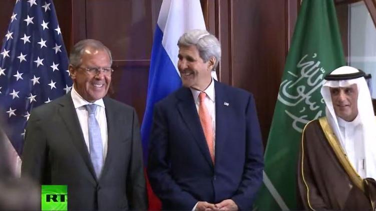 """""""Zwischen Lächeln und verbitterter Miene"""" - Kerry und Lawrow im Verhandlungsmarathon in Katar und Malaysia"""