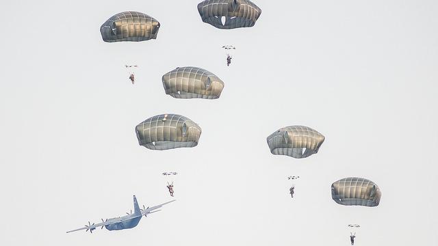 NATO-Luftlandeübung auf dem Truppenübungsplatz Grafenwöhr in Bayer - Quelle: JMRC Public Affairs Office