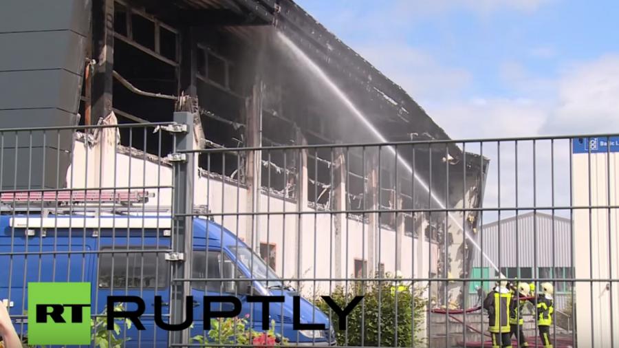 Vermutlich Brandstiftung - Geplante Flüchtlingsnotunterkunft in Nauen abgebrannt
