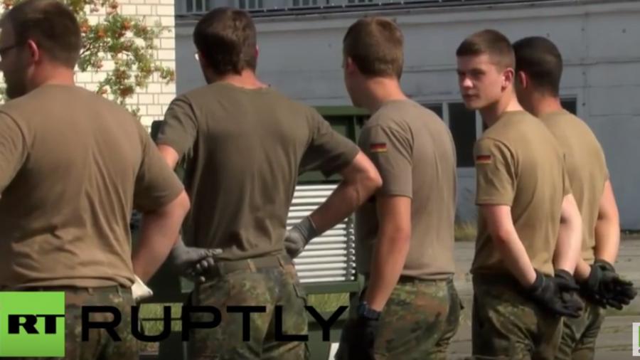 Brandenburg: Bundeswehr errichtet Zeltstadt für Flüchtlinge an früherer Bundeswehr-Kaserne