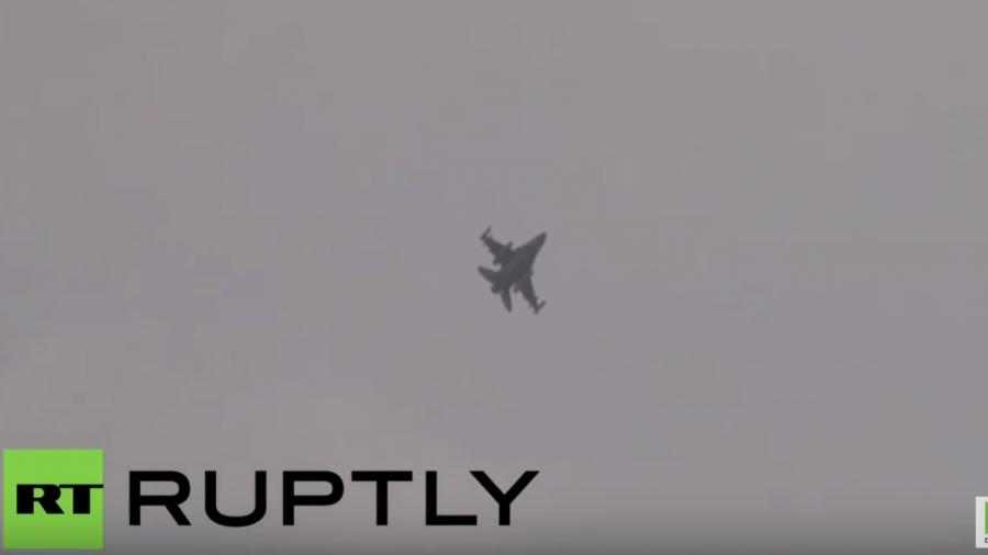 US-Kampfjets und -Soldaten ziehen in türkischen Luftwaffenstützpunkt ein – Lawrow warnt die USA