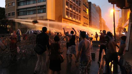 Libanon: Demonstraten in Beirut fordern Sturz der Regierung - Nutzt der IS das Vakuum?