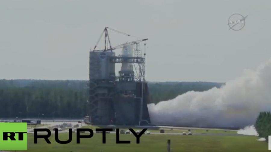 Reise zum Mars: NASA testet Triebwerk für die größte Rakete der Welt
