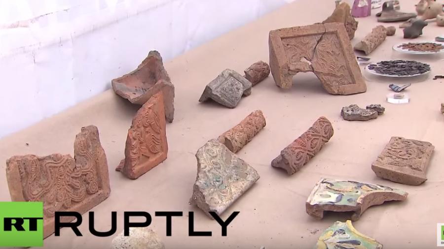 Mehr als tausend Kupfermünzen aus dem 17. Jahrhundert im Herzen von Moskau gefunden