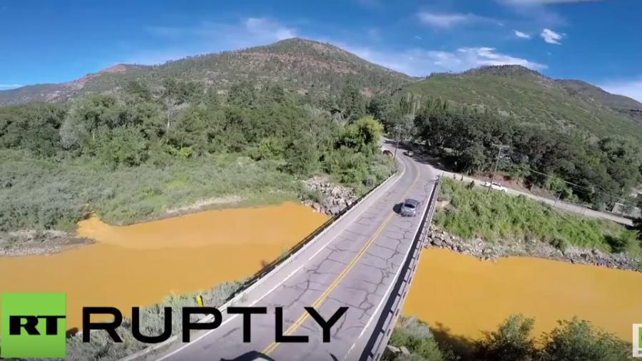 """Umweltverschmutzung: US-Umweltbeamte verseuchen """"versehentlich"""" Fluss"""