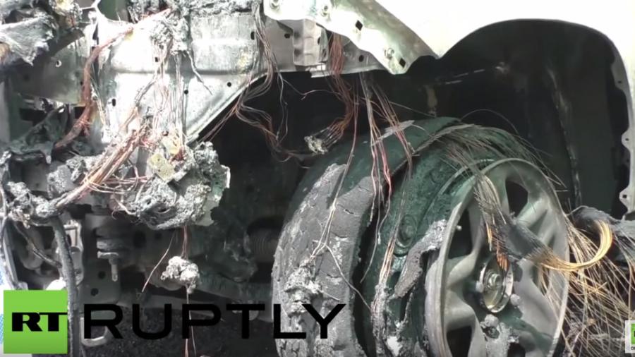 Donezk: Vier gepanzerte OSZE-Wagen nach Brandanschlag zerstört