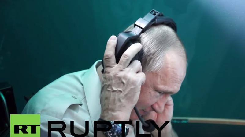 Tauchgang im Schwarzen Meer: Putin wird unter Wasser von Medwedew überrascht