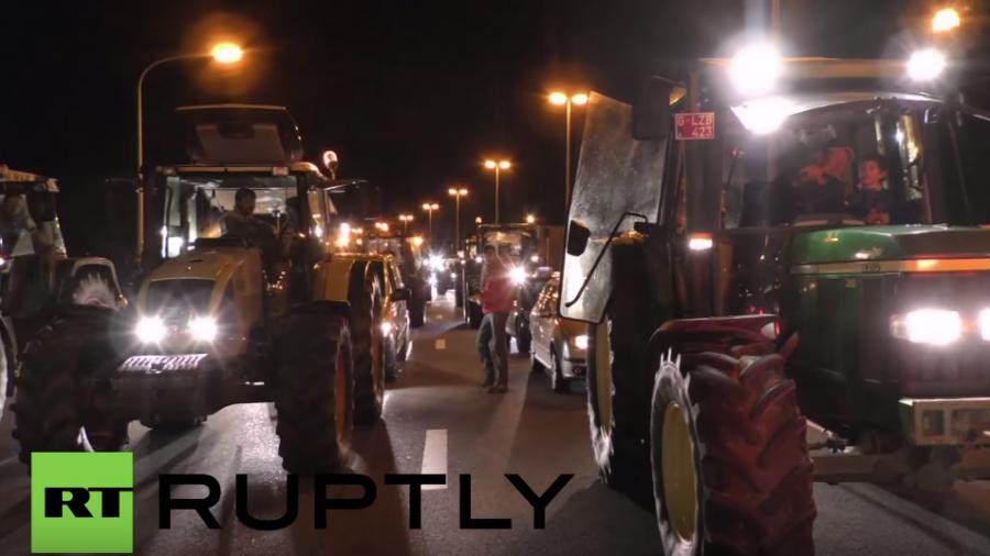 Belgien: Wut über Milchpreise - Landwirte erzeugen Verkehrsstaus auf Straßen zum Flughafen-Lüttich