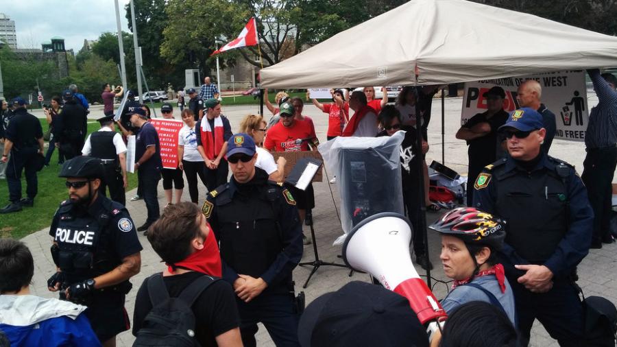PEGIDA expandiert nach Kanada: erster Protest in Toronto