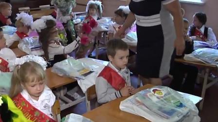 Ukraine: Trotz des Konflikts beginnt die Schule wieder