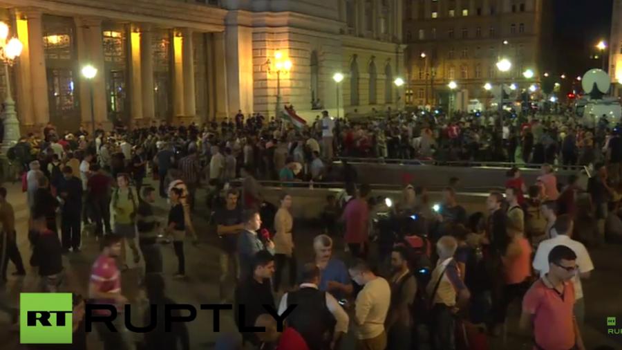 Live aus Budapest vom Geschehen am Keleti-Bahnhof