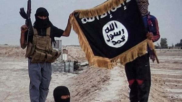 IS weiter auf dem Vormarsch: Eroberung der größten Erdölkomplexe in Syrien und Irak