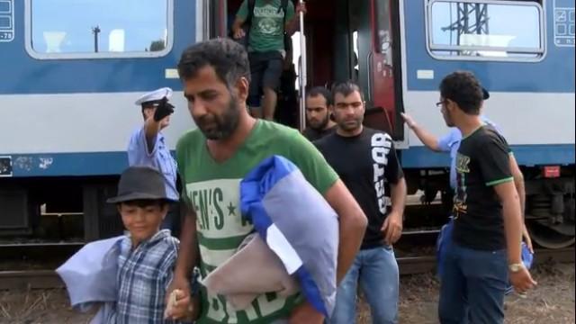 """Flüchtlingskrise in Deutschland: Folgt dem """"Sommermärchen"""" die Katerstimmung?"""